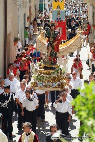 San Rocco in processione per le strade di Montescaglioso